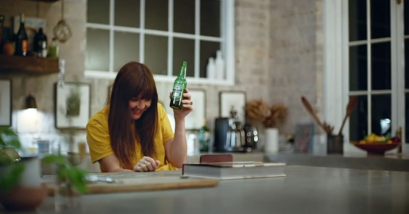 Heineken Christmas Commercial 2020 Heineken's commercial shows us the reality behind the video calls
